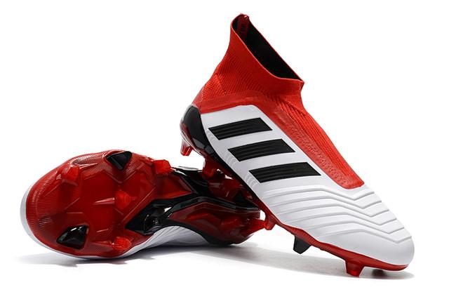 Футбольные бутсы adidas Predator 18+ FG