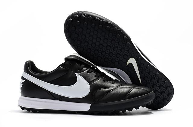 Футбольные сороконожки Nike Premier II TF