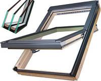 Двохкамерне мансардне вікно Fakro FTS-V U4 Двохкамерное кровельное окно Факро
