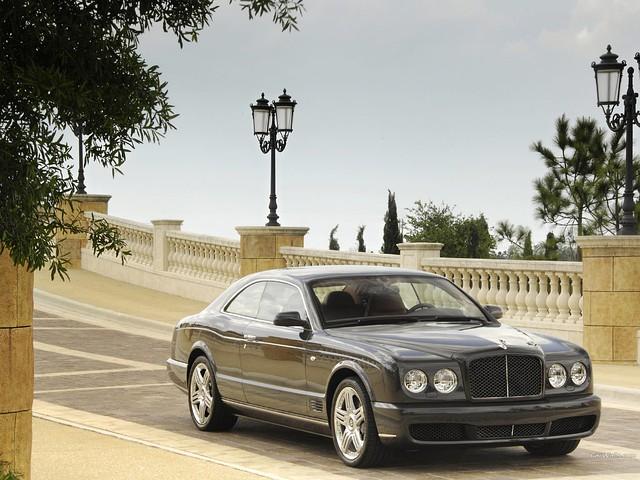 Классика от Bentley - модель Brooklands