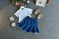Летний костюм для девочки с джинсовой юбкой и розами, фото 3