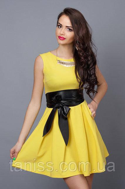 Летнее молодежное платье из стрейчевой итальянской ткани, с поясом,р. 46,48 желтое (385)