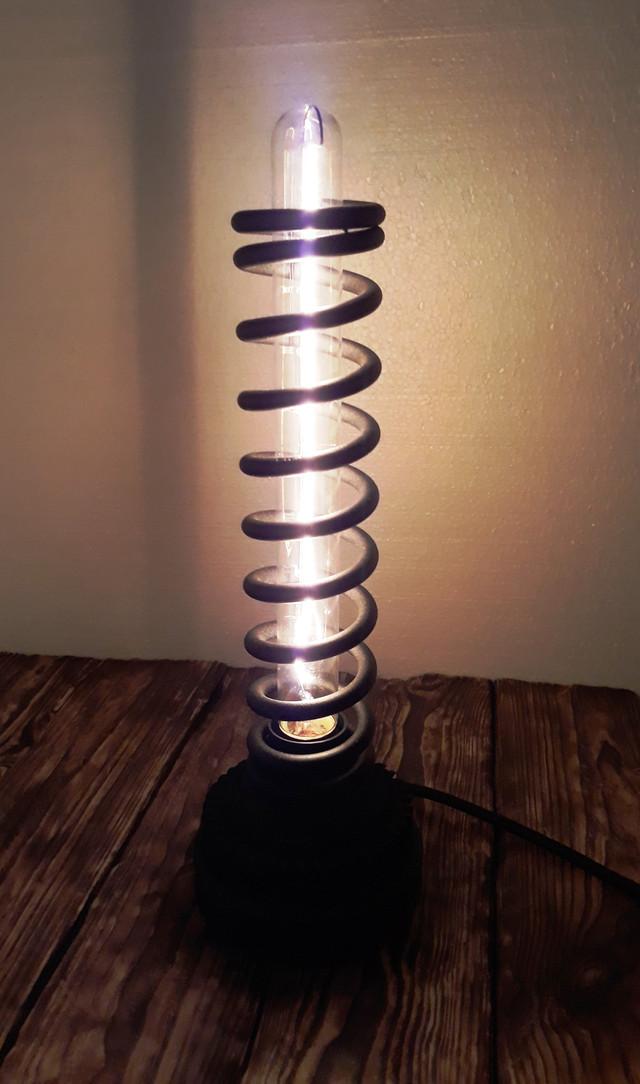 светильник в стиле лофт из спирали