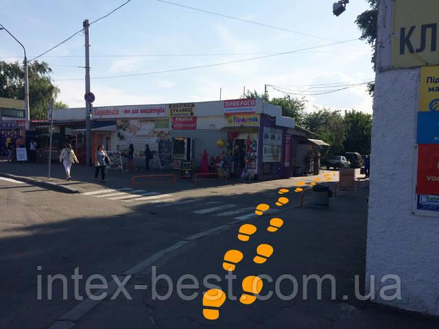 поворот направо перед троллейбусным парком