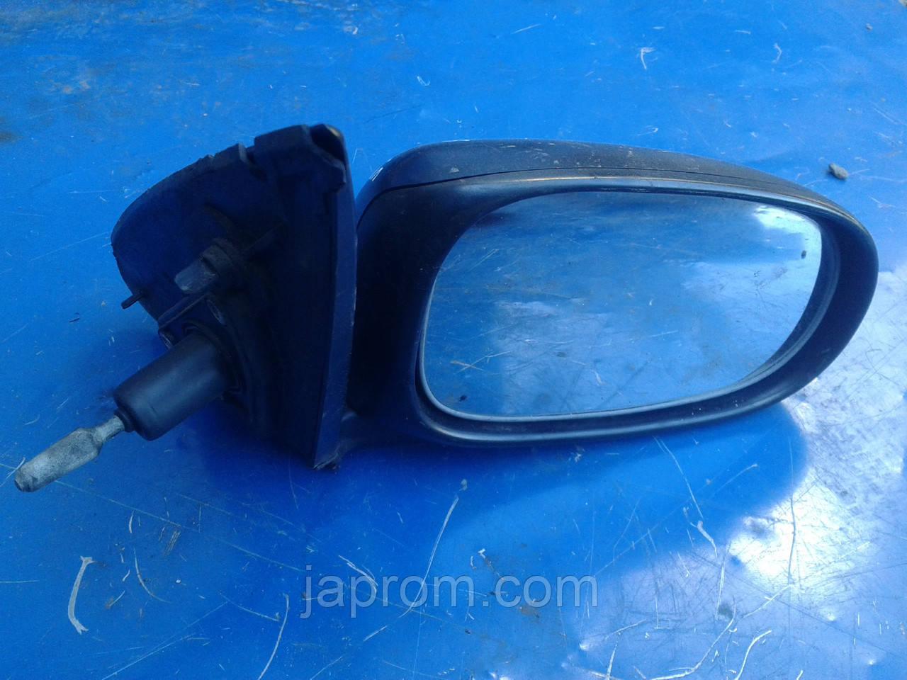 Зеркало заднего вида правое Nissan Almera N16 5дв. дорестайл E11 015541 черное механическое