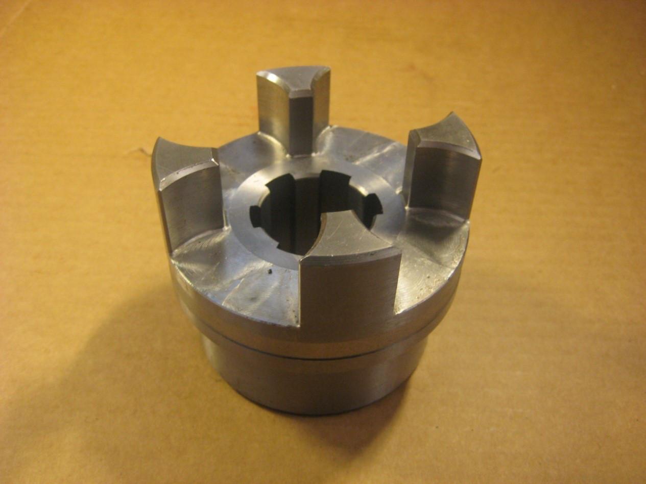111438 Муфта металева  CLUTCH HUB F/361/460 PUMP