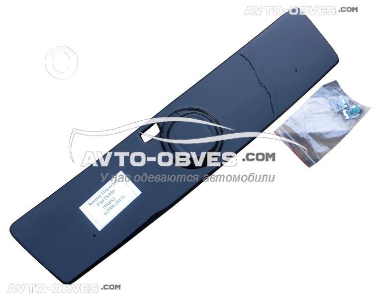 Накладка на радиаторную решетку зимняя для Фиат Добло I (2006-2012) глянец