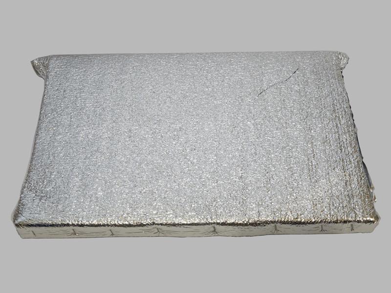 Фольгированный боковой утеплитель 435Х145мм
