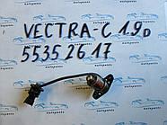 Датчик уровня масла Opel Vectra C 55352617 1.9CDTI
