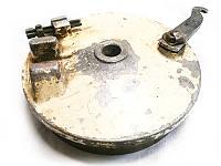Крышка переднего тормоза в сборе б/у Муравей (СССР)