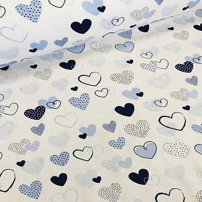 Хлопковая ткань польская сердца голубые, синие с точками и полосками на белом