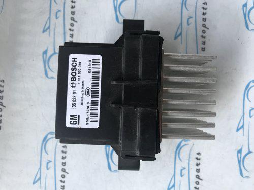 Резистор печі опель Астра J, opel Astra J 13503201