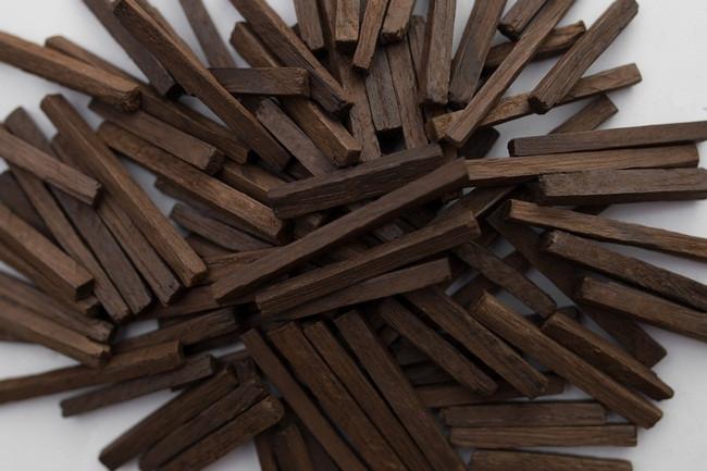 Дубовая палочка сильной обжарки на 10 литров, 30гр (Кавказский дуб)