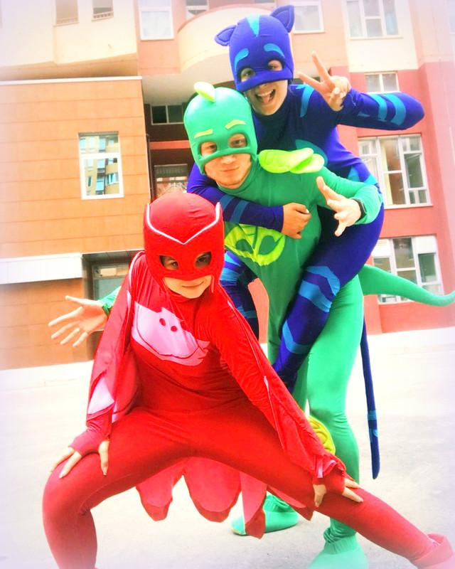 Герои в масках киев, аниматоры супергерои Алетт, Гекко, Кэтбой детский праздник, подарок