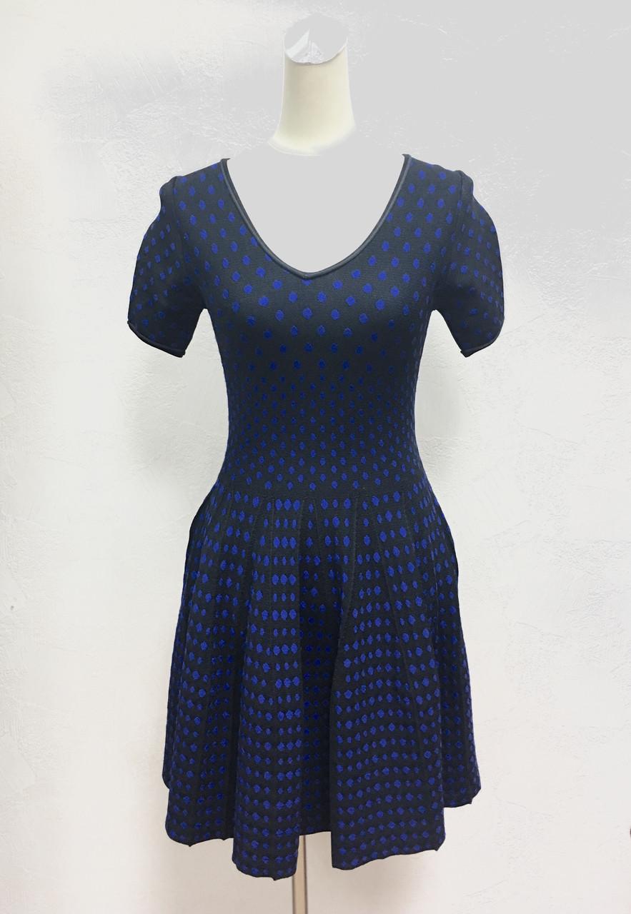 Платье расклешенное синее в горошек