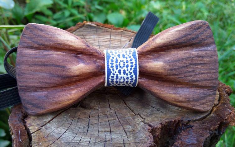 Деревянная бабочка галстук 3D Голубой орнамент ручной работы, серия Зиррикот, фото 2