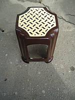 Табурет пластиковый, коричневый