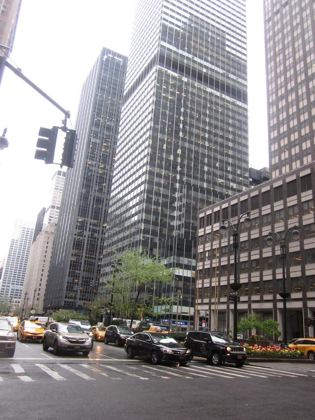 Раздел Длинные юбки в пол - фото teens.ua - Нью-Йорк,Парк-авеню,Park Ave, New York