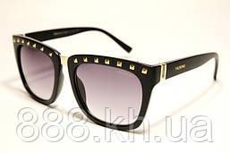 Солнцезащитные очки Valentino 675 C1