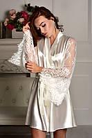 Красивый атласный халат с кружевными рукавами для невесты Айвори (Шампань)