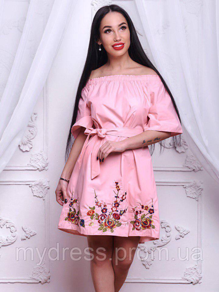 Эффектное котоновое платье со спущенными плечами 611
