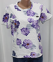 Футболка женская белая в фиолетовые цветы,прямая Жіночі футболки