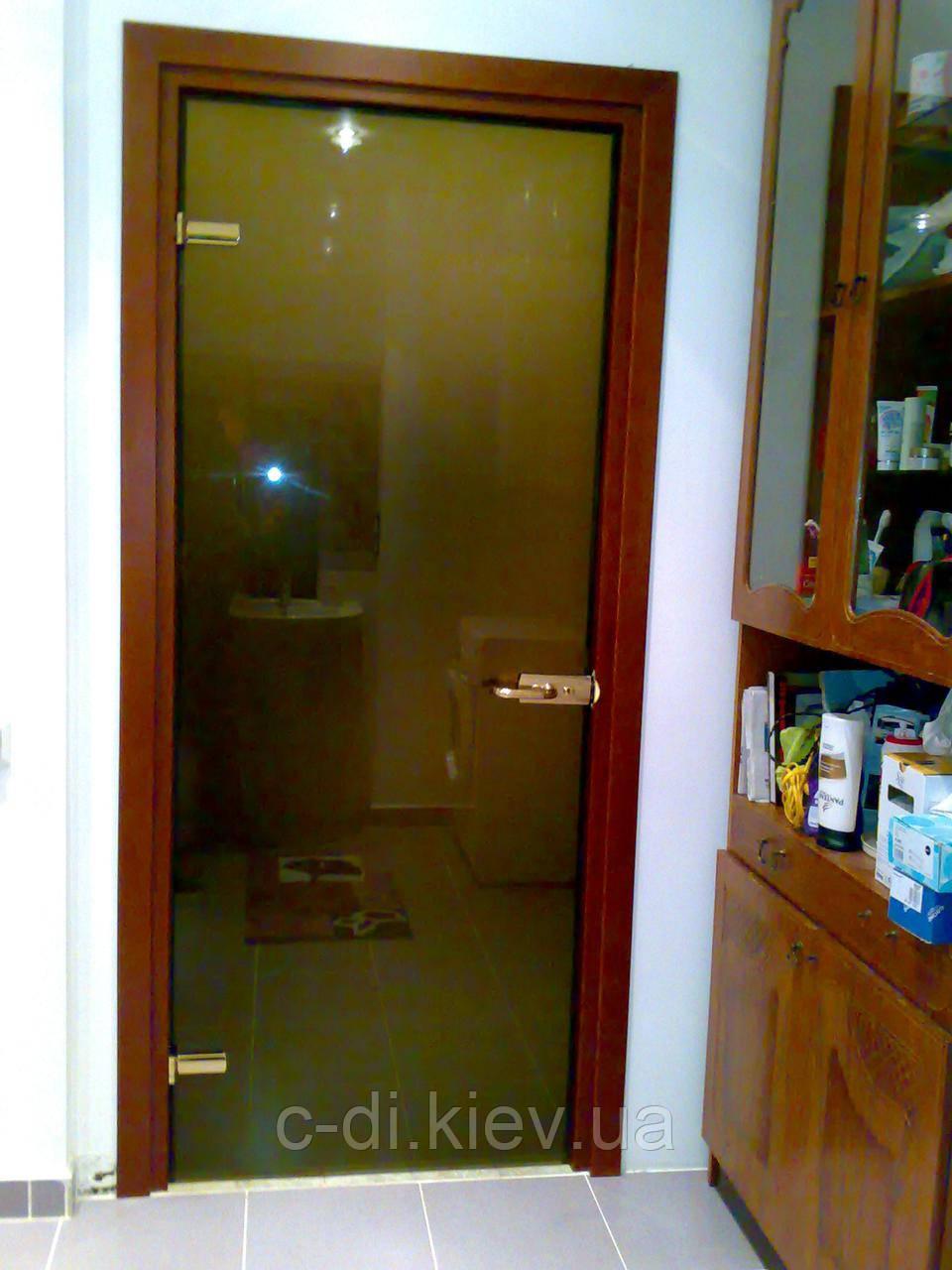 Межкомнатные двери из закаленного стекла (бронза)