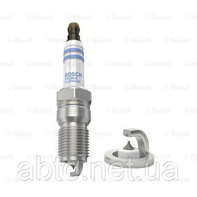 Свеча зажигания Bosch 0 242 240 620 (HR6DPP33V)