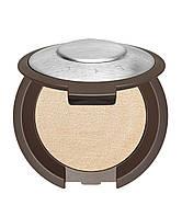Хайлайтер в мини-формате BECCA Shimmering Skin Perfector Pressed