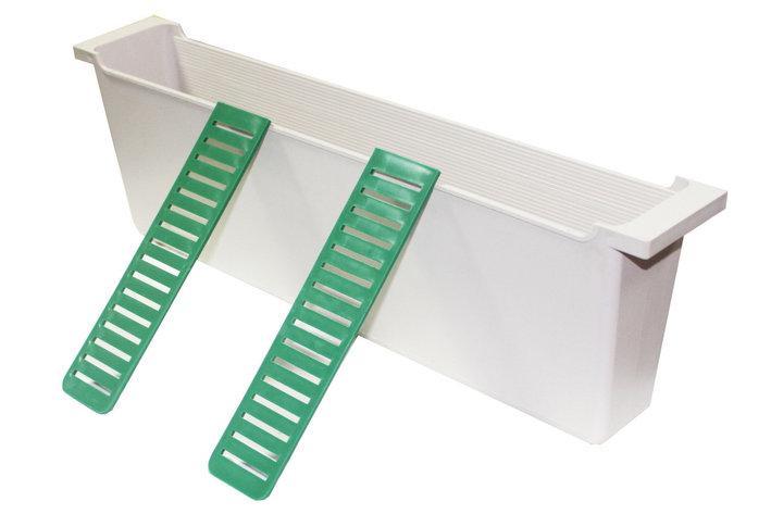 Кормушка внутрирамочная 3,3л с двумя плотиками