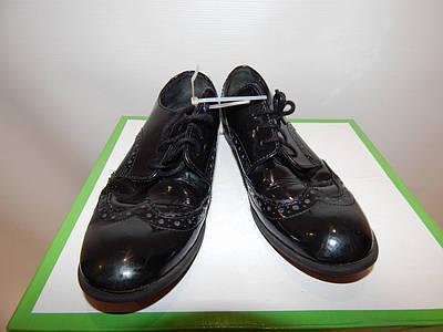 Туфлі підліток фірмові 34 р. 060КД