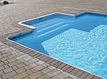 Чем покрасить бетонный бассейн?