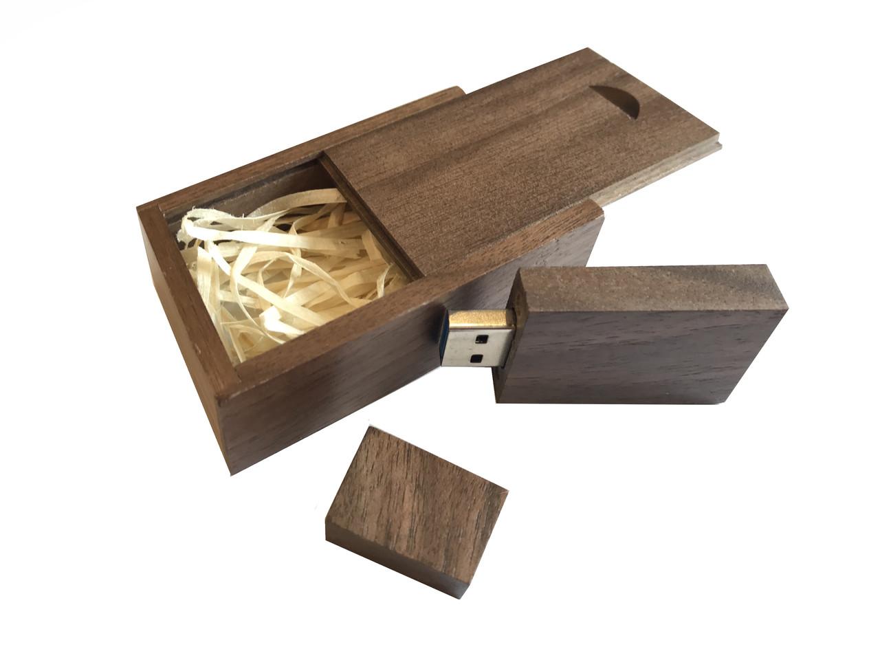 Флешка SUNROZ Wooden USB Flash Drive деревяный флеш накопитель в коробке 32 Gb USB 3.0 Темное дерево (SUN0822)