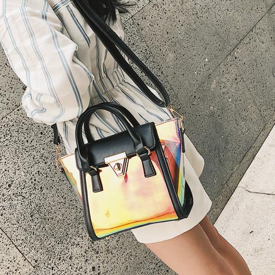 Прозрачная голограммная сумка