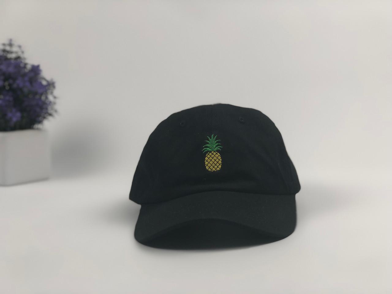 Кепка бейсболка Ананас (черная)