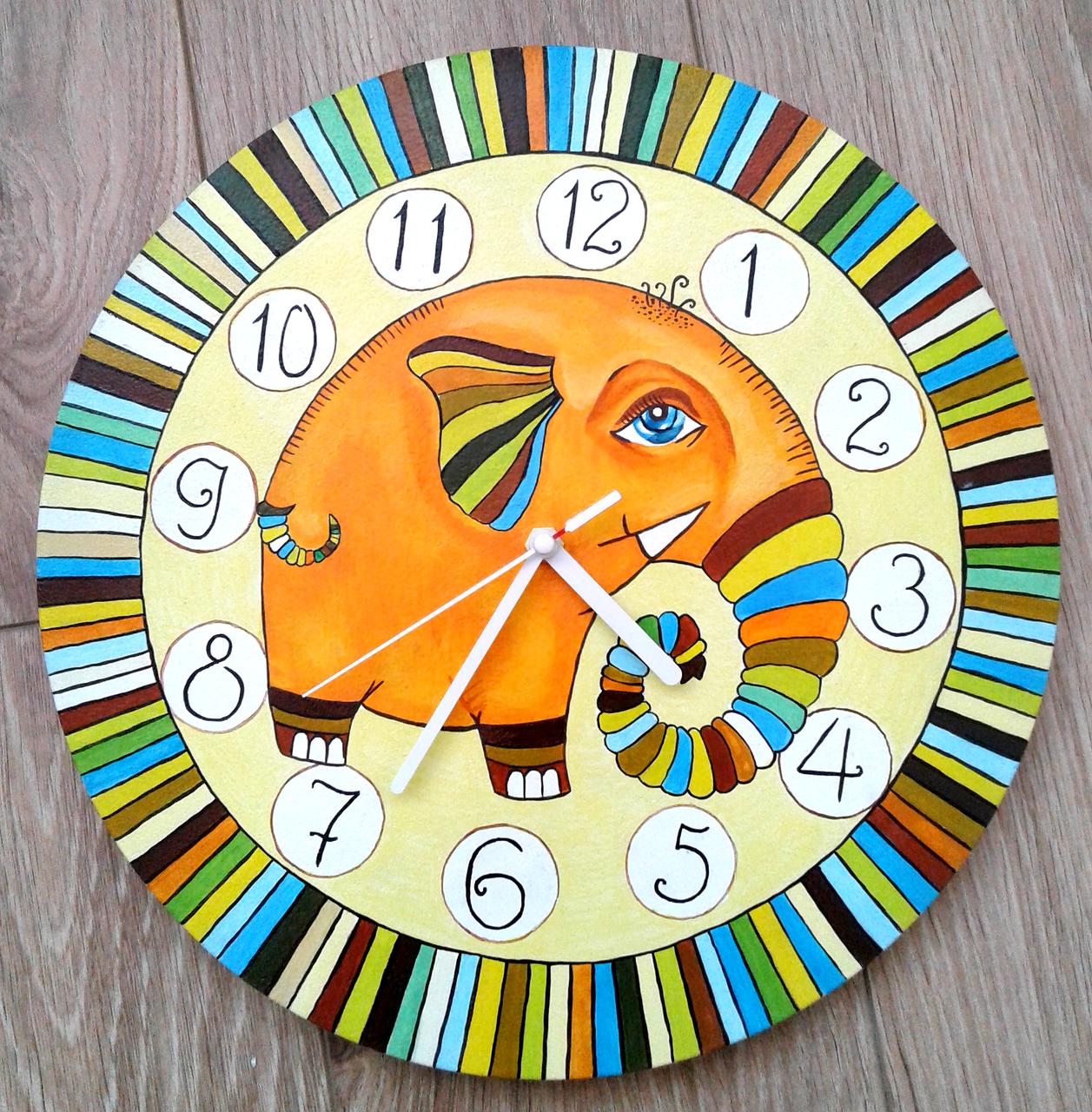 Настенные часы ручной работы Слон