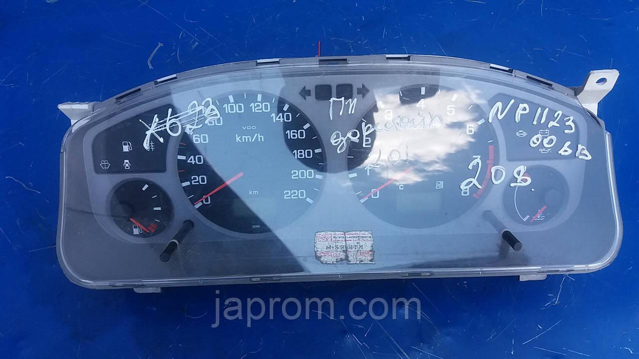 Панель щиток приборов (серый) Nissan Primera P11 1998-1999г.в 2.0 бензин дорестайл 008B