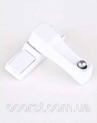 Защитный блокировщик(замок) открывания окна с кнопкой белый 9016