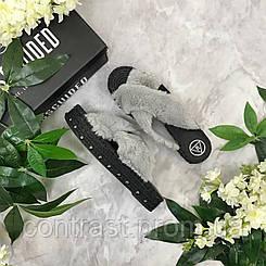 Трендовые шлепанцы с меховой отделкой верха и джутовым декором  SH16100