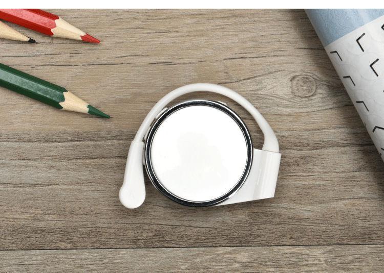MP3 плеєр з кріпленням на вухо білий
