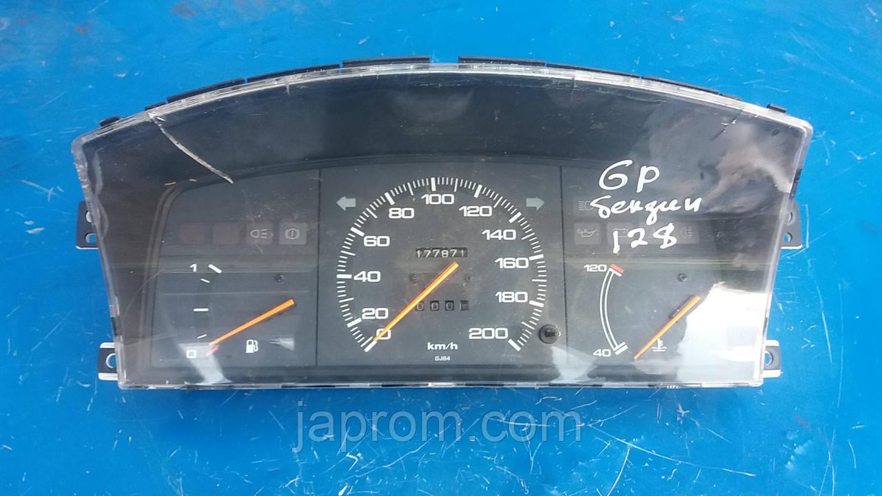 Панель щиток приборов Mazda 626 GD 1987-1991г.в. бензин GR11D