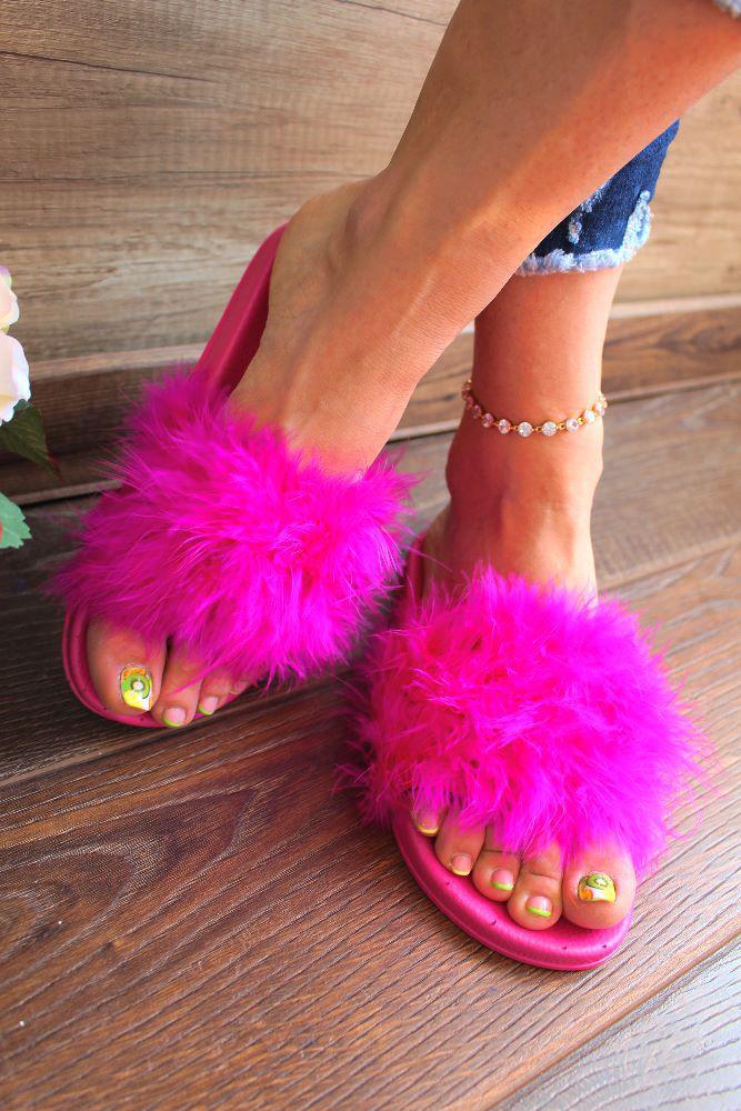 "Шлепанцы ""Pink Fuzzy""(пух,розовые,летние)"