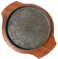 Сковорада чугунная на подставке для подачи 190 мм
