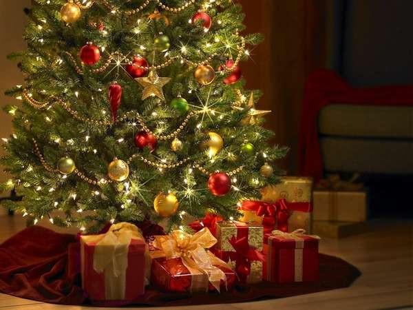 Венок Рождественский декорированный