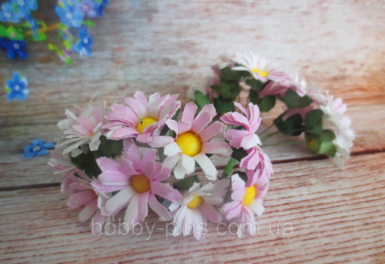 Декоративные цветы ромашки d 2.5 см, 10 шт/уп, розового цвета