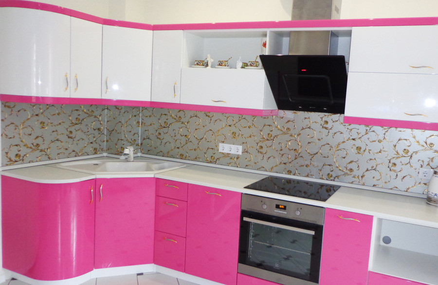 Кухня Розовый глянец  из пленочного МДФ