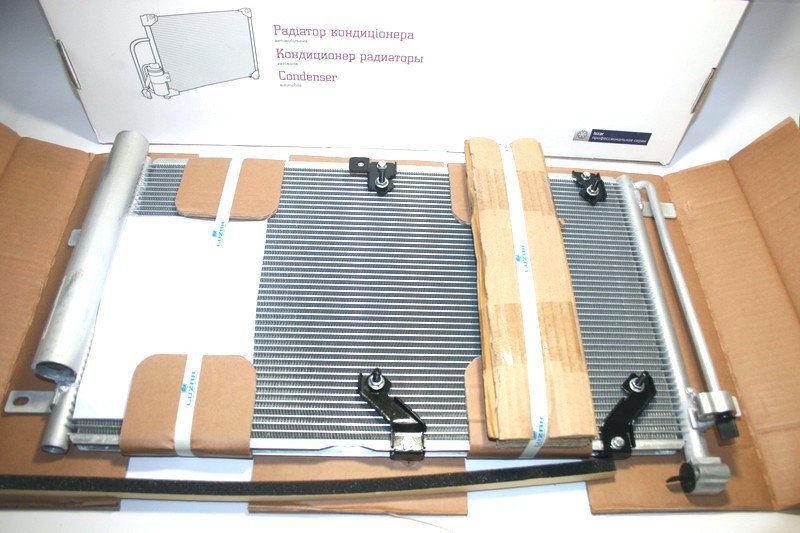 Радиатор кондиционера с ресивером 2170 PANASONIC (LRAC 01272) ЛУЗАР