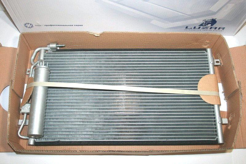 Радиатор кондиционера с ресивером 2170 ЛУЗАР LRAC 0127