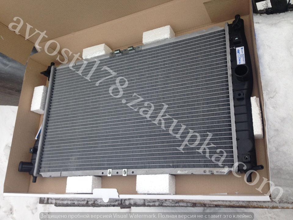 Радиатор охлаждения Ланос с кондиционером алюминиево-паяный Лузар LRc 0561b