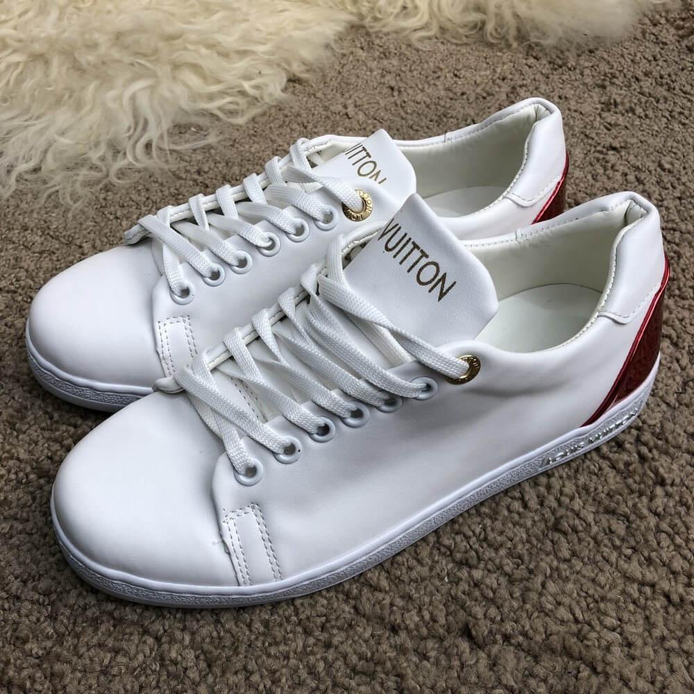 441af9c260f0 Кроссовки женские Louis Vuitton 18441 белые - купить по лучшей цене ...